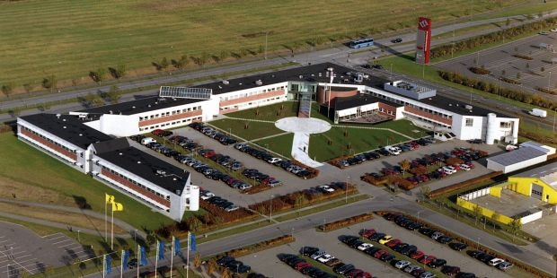 The first step is the transfer of approximately 50 jobs from Randers (Photo) to Krakow in Poland.