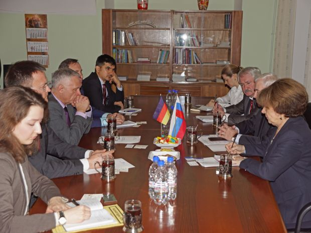 The Iamo delegation in discussion with the Russian Academy of Sciences as well as the German Embassy in Moscow.
