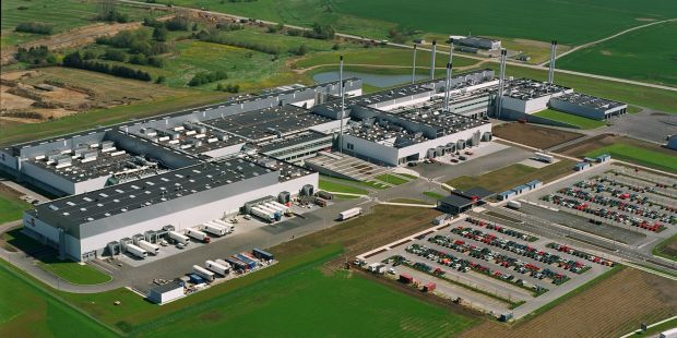"As the company announced, a total of 175 jobs at the Horsens site are to be ""provisionally"" cut."