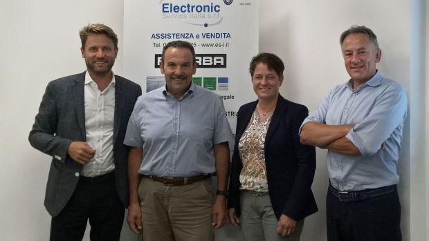 Bizerba acquires service provider ESI in Italy (from left to right): Andreas Kraut (CEO Bizerba), Paolo Padovani (Managing Director ESI), Angela Kraut (VP Finance & Controlling Bizerba), Mauro Tremolada (Managing Director Bizerba Italy)