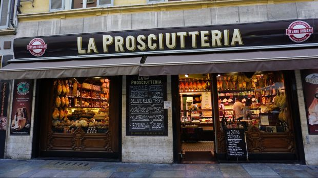 Italy is one of the countries worst affected by coronavirus. Nevertheless, most of the craft butcher shops there are still open.